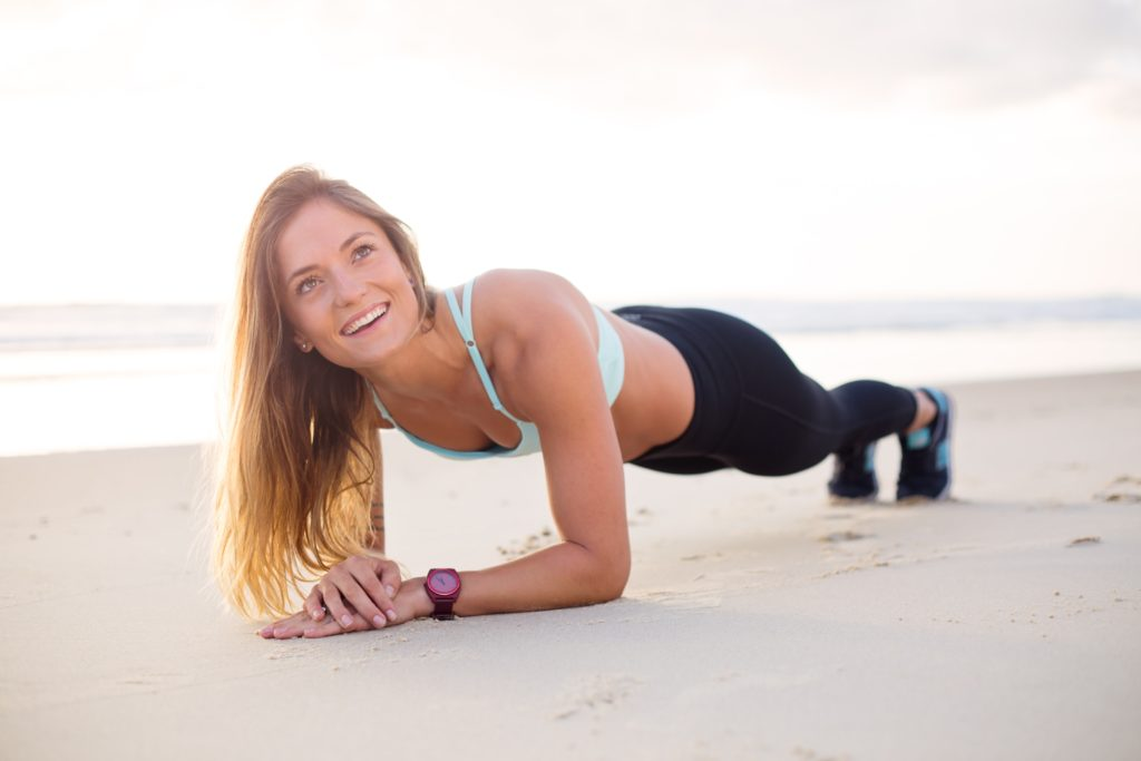 beach blond hair exercising 1300526 1024x683 - Mit Sport am Morgen als täglicher Boost