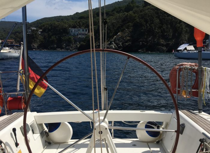Steuerrad eines Segelbootes