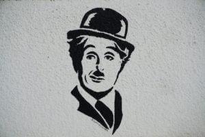 Charlie Chaplin mural  300x200 - Das Gedicht der Selbstliebe nach Charlie oder Kim