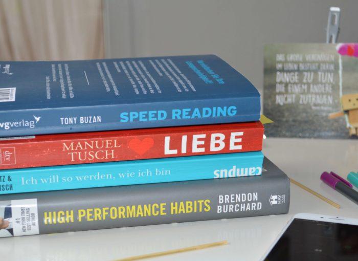 Bücher, die ich während der Schneller-Lesen-Lernen-Challenge gelesen habe.