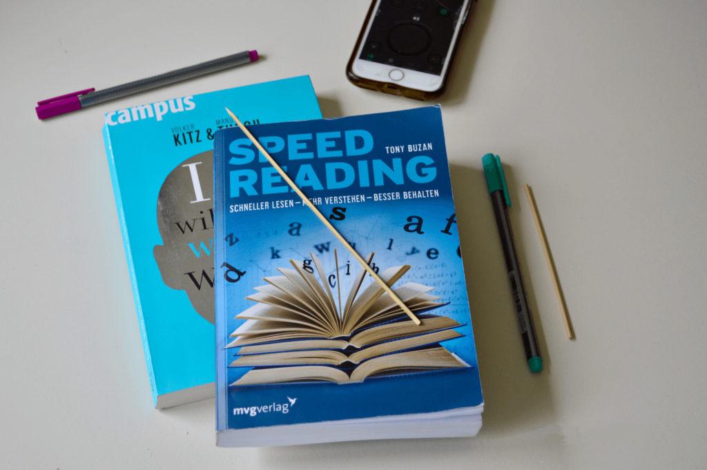 Schneller lesen lerne werkzeuge 1024x681 - Ab jetzt: Schneller Lesen lernen!