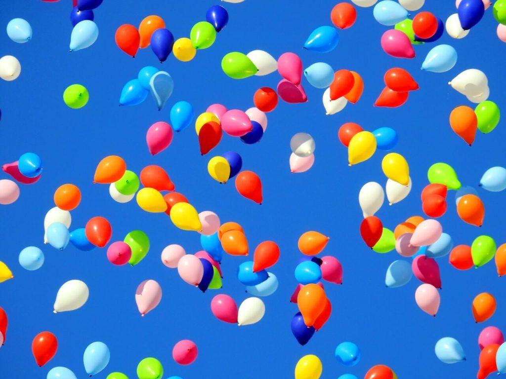 Fliegende Luftballone Statt Neujahrsvorsätze 1024x768 - Neujahrsvorsatz: Du bist, was du immer wieder tust.